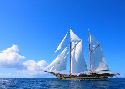LAMIMA-Luxury-Sailing-Yacht-03