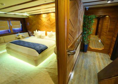 LAMIMA-Luxury-Sailing-Yacht-35