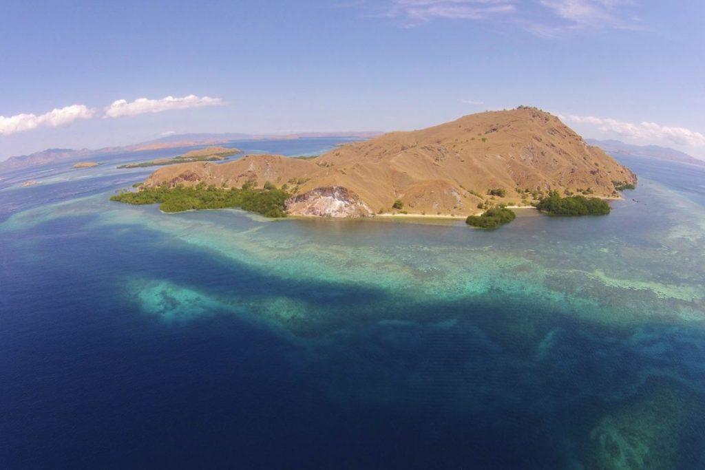 Komodo-National-Park-LAMIMA-Luxury-Yacht-Charter