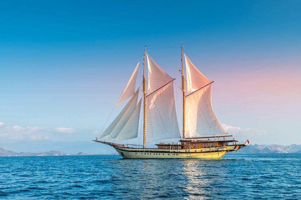 Lamima in full sail