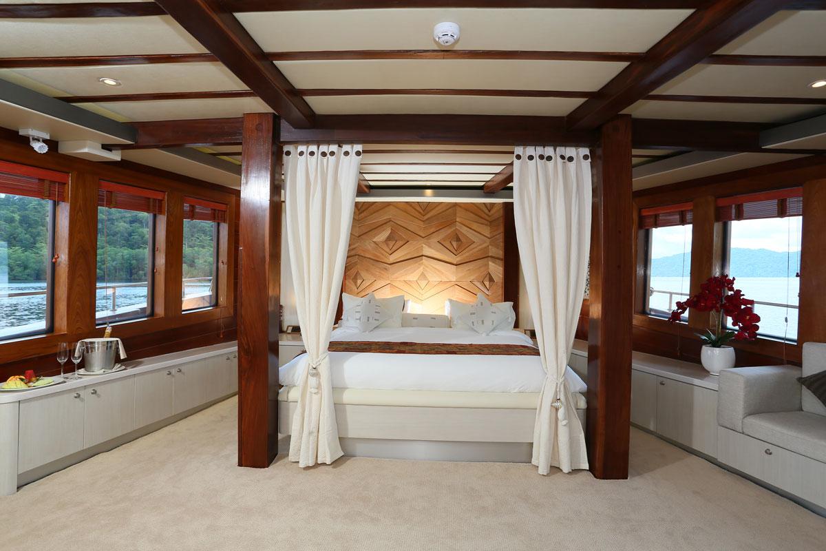 Master Cabin - LAMIMA Luxury Sailing Yacht