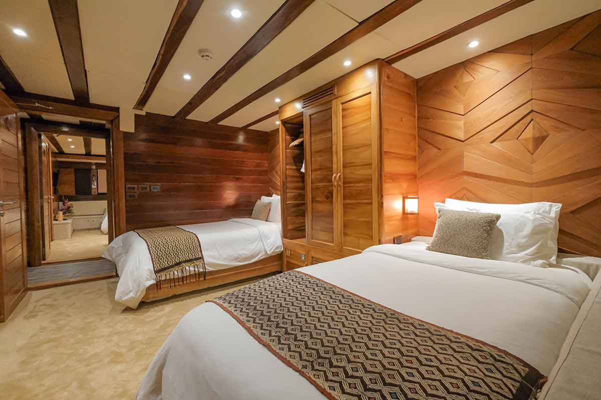 Guest Cabin 2 (Lobster) 2 - LAMIMA Luxury Sailing Yacht