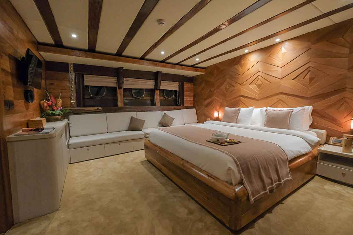 Guest Cabin 5 (Turtle) 1 - LAMIMA Luxury Sailing Yacht